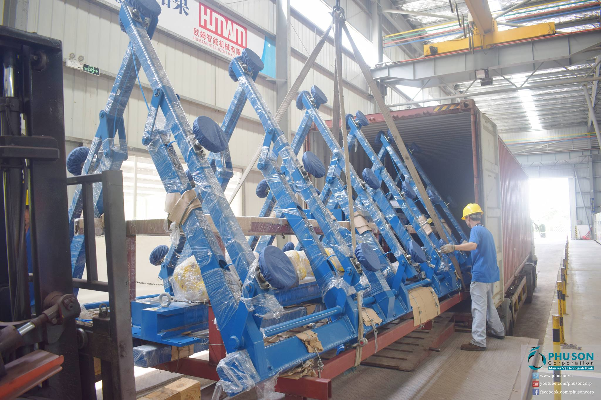 Stuffing container of Jumbo- sized Automatic Glass loading machine – 2 sides 4 stations