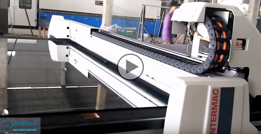 PHU SON Corporation transfer and installed automatic glass cutting polymorphism in THAI SON INTERMAC GLASS