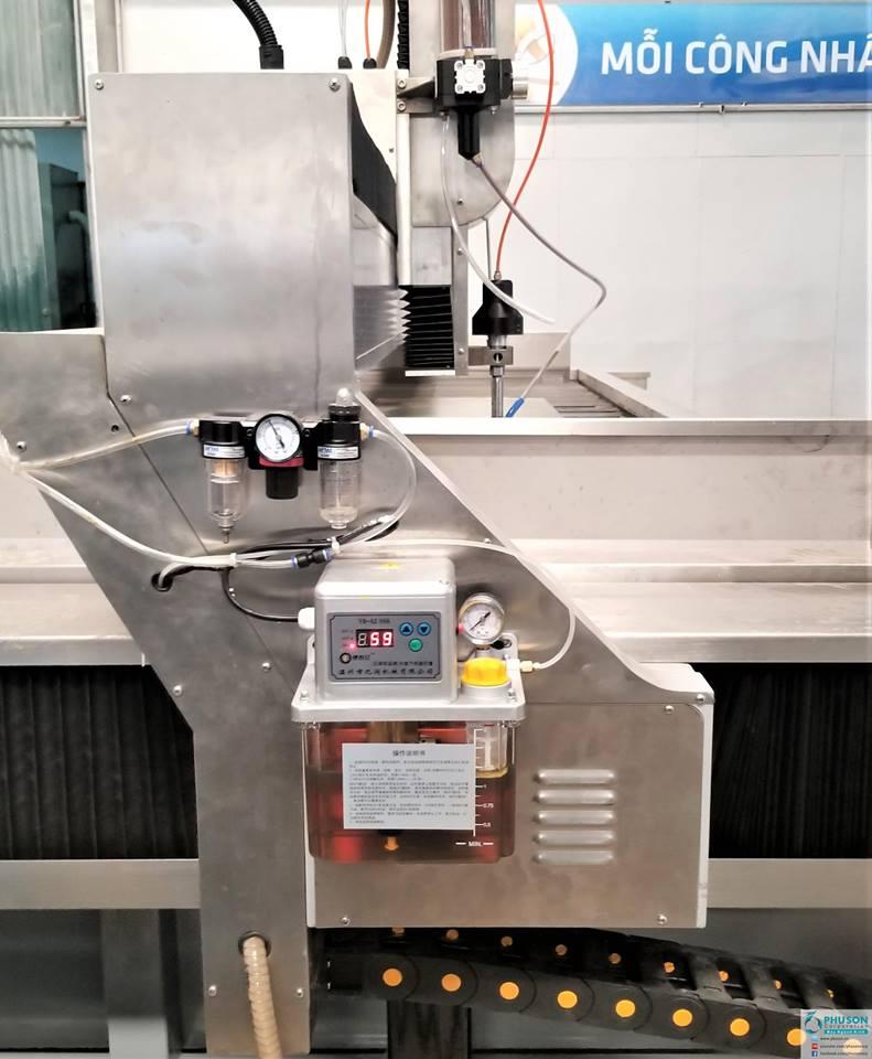 CNC cắt tia nước YF WATER JET - 20