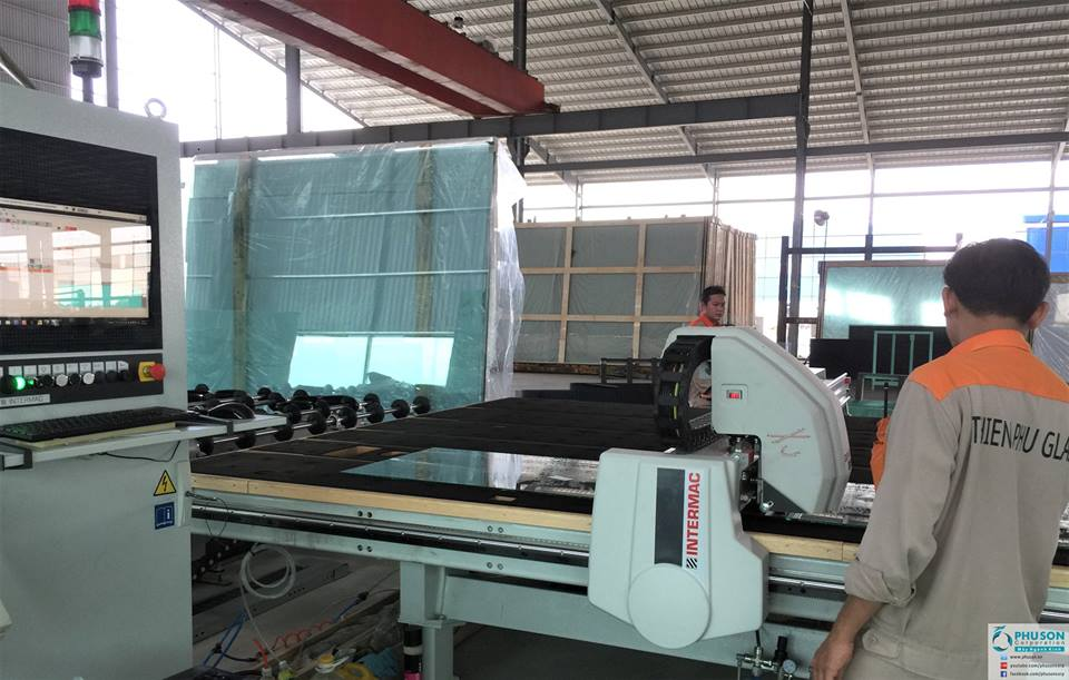 The fifth INTERMAC automatic glass cutting line made in Italay at factory  No.2 THIEN PHU GLASS