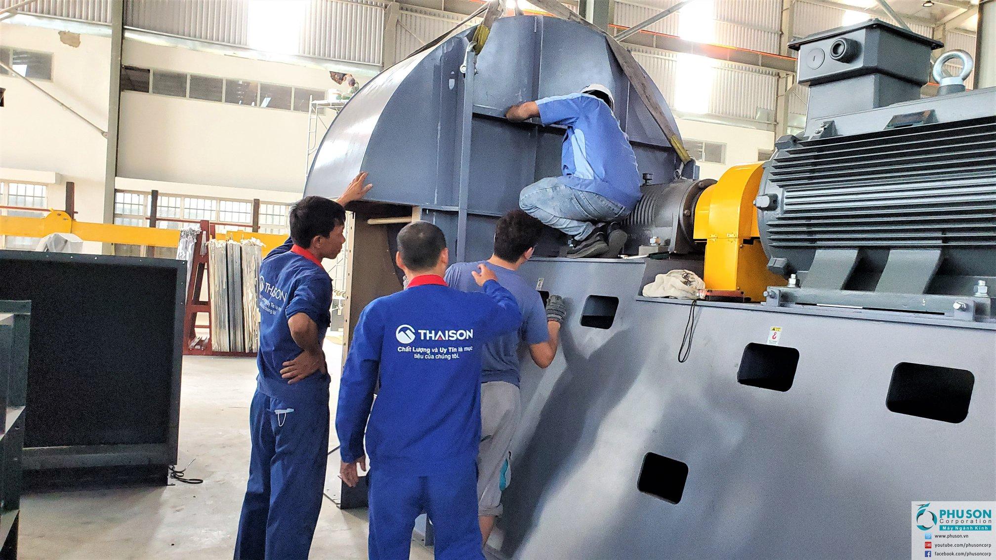 Dây chuyền tự động sản xuất kính cường lực LANDGLASS tại nhà máy TA SON GLASS TECHNOLOGY.
